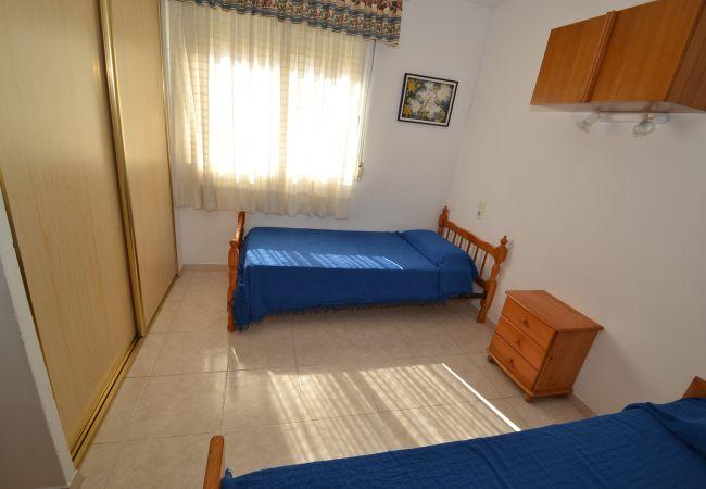 Apartment in La Pineda - MARINTERNUM R