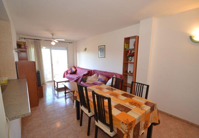 Apartment in La Pineda - LOS RISCOS E