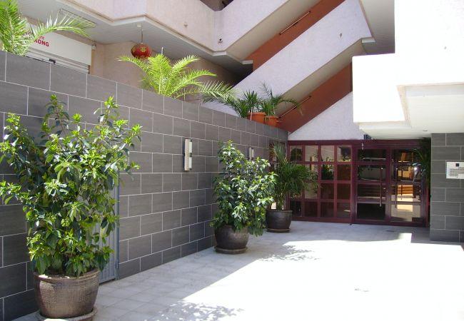 Apartment in Salou - MARIPOSA 5