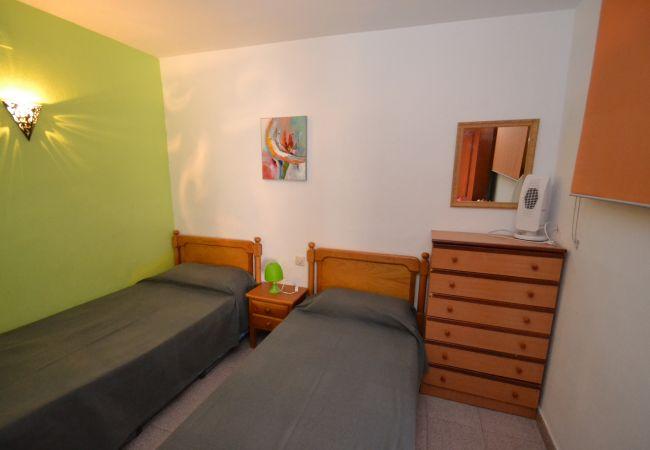 Apartment in Salou - MARIPOSA 2