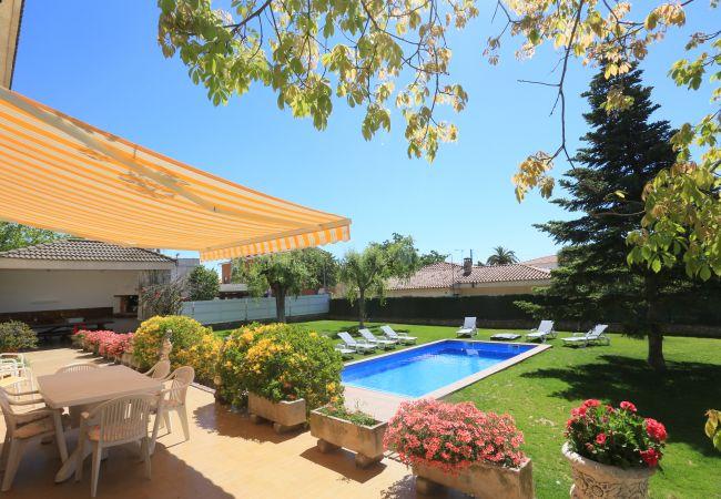 Villa in Cambrils - VILLA PUIG