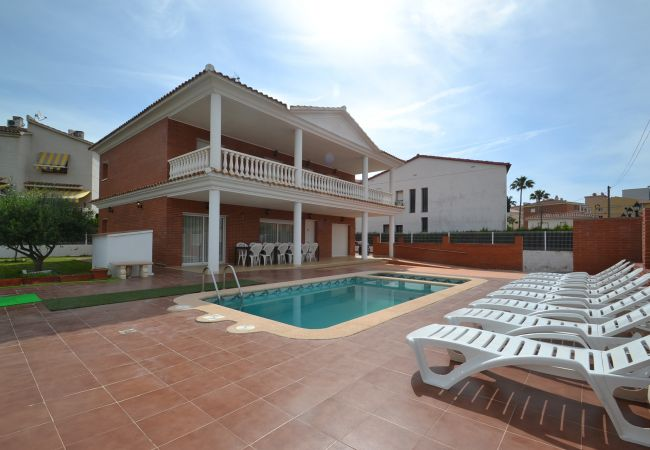 Villa in Cambrils - VILLA JERONIMO