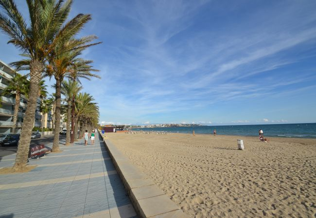 Apartment in Salou - JARDINES FAMILY 4 25