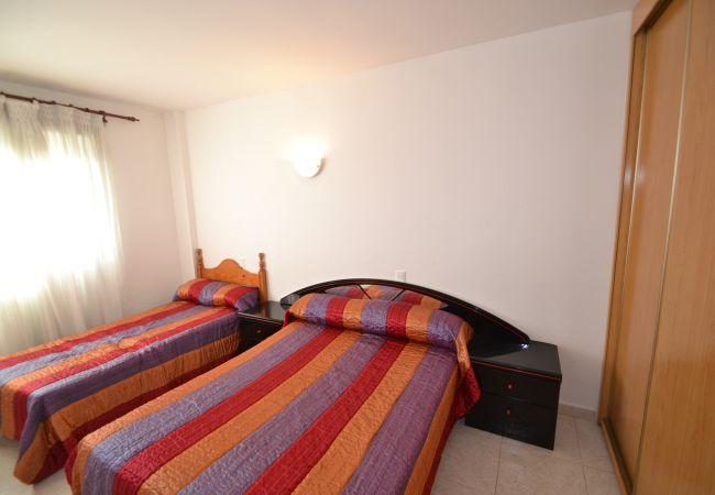 Apartamento en La Pineda - AGUAMARINA 3
