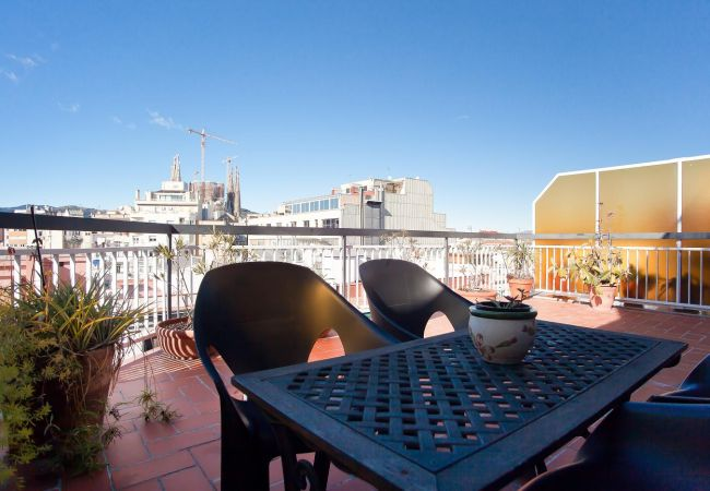 Appartement à Barcelona - ATIC SAGRADA FAMILIA, with big private terrace