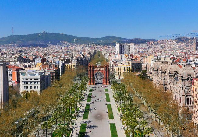 Appartement à Barcelone - CIUTADELLA PARK, 4 double bedrooms, green park